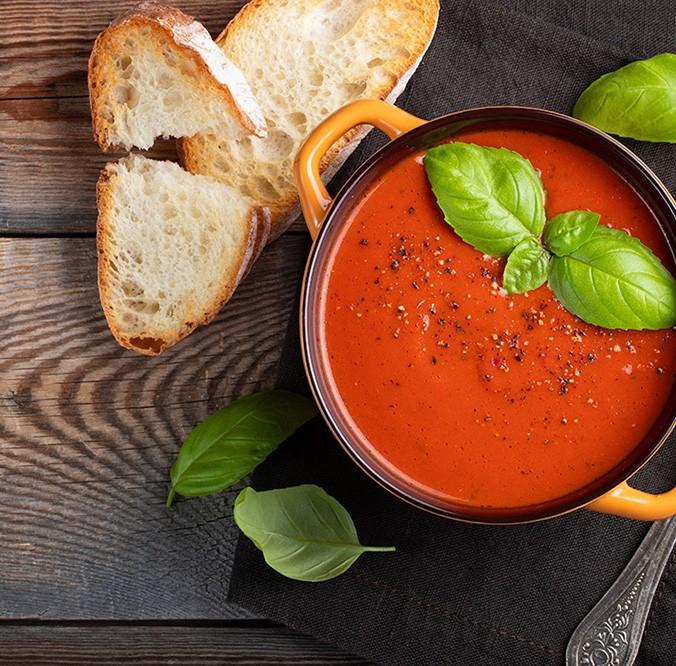 https://kalkulatorfoodcost.pl/storage//uploads/images/krem-pomidorowy-z-bazylia_1607008252.jpg
