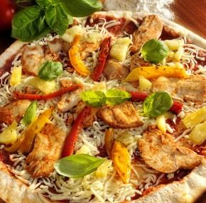 Pizza wegańska – Hawajska z ananasem